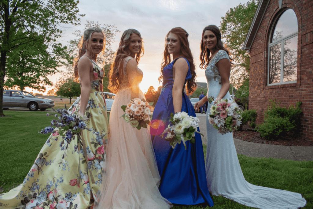demoiselles d'honneur et mariée