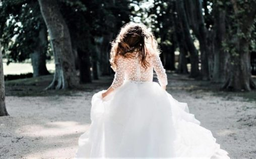 Madame A Dit Oui – Robes de Mariée Sur Mesure Inspirées par Vous