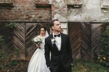 Comment Choisir le Costume de Mariage Parfait?
