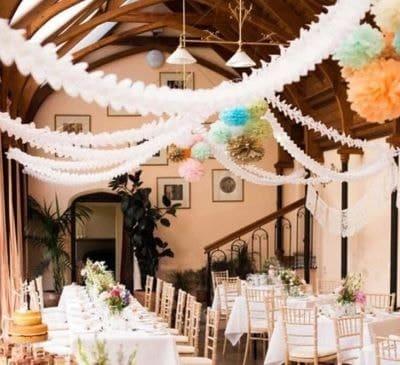 guirlande de papier de soie pour décoration de mariage