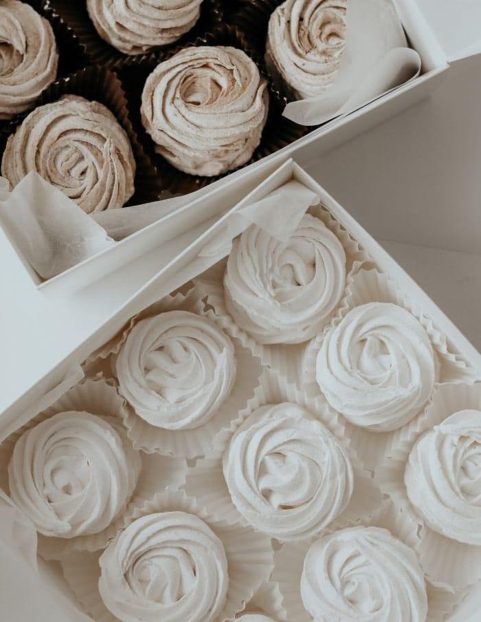 petits cupcakes économique qui remplace le gâteau de mariage